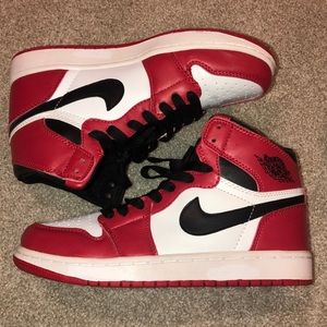 Red White Black Nike Air Jordan Hightops Vintage